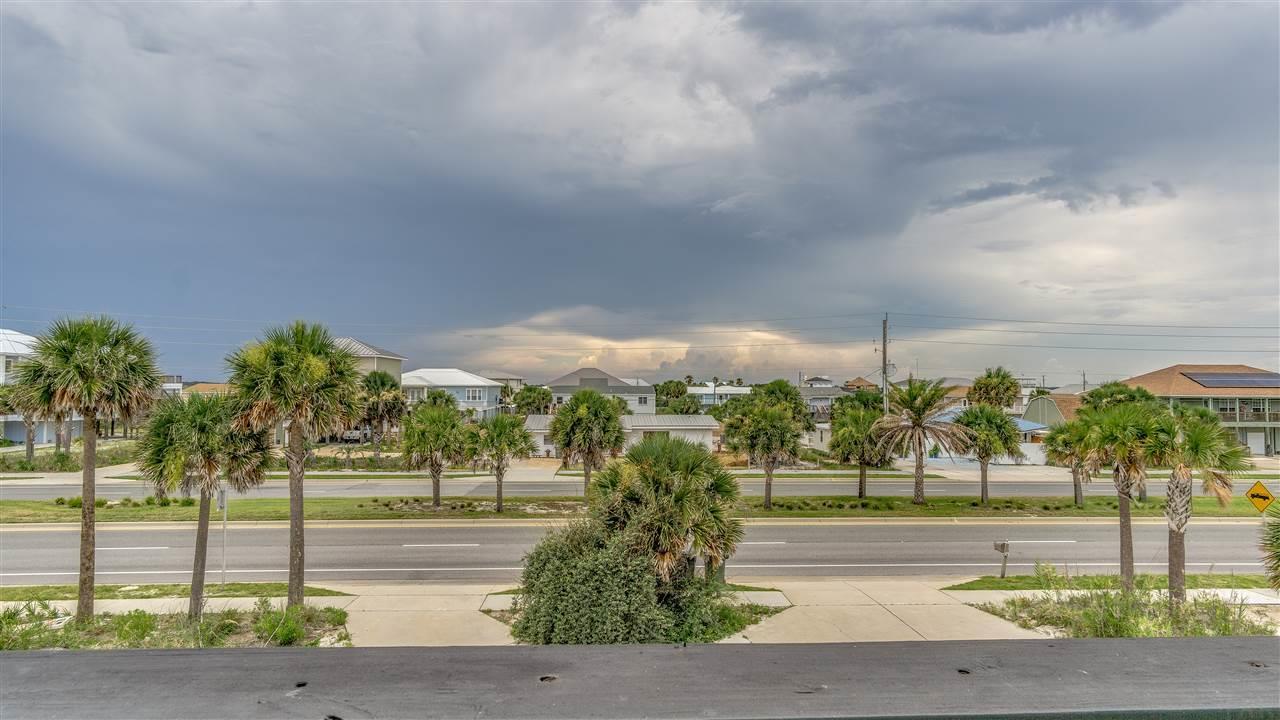 806 Via Deluna Dr, Pensacola Beach, FL 32561