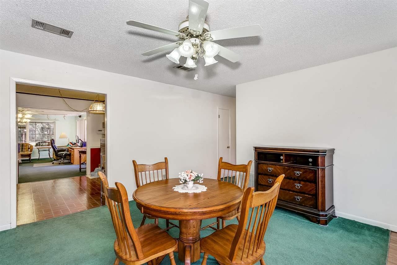 5940 Hamilton Bridge Rd, Milton, FL 32570