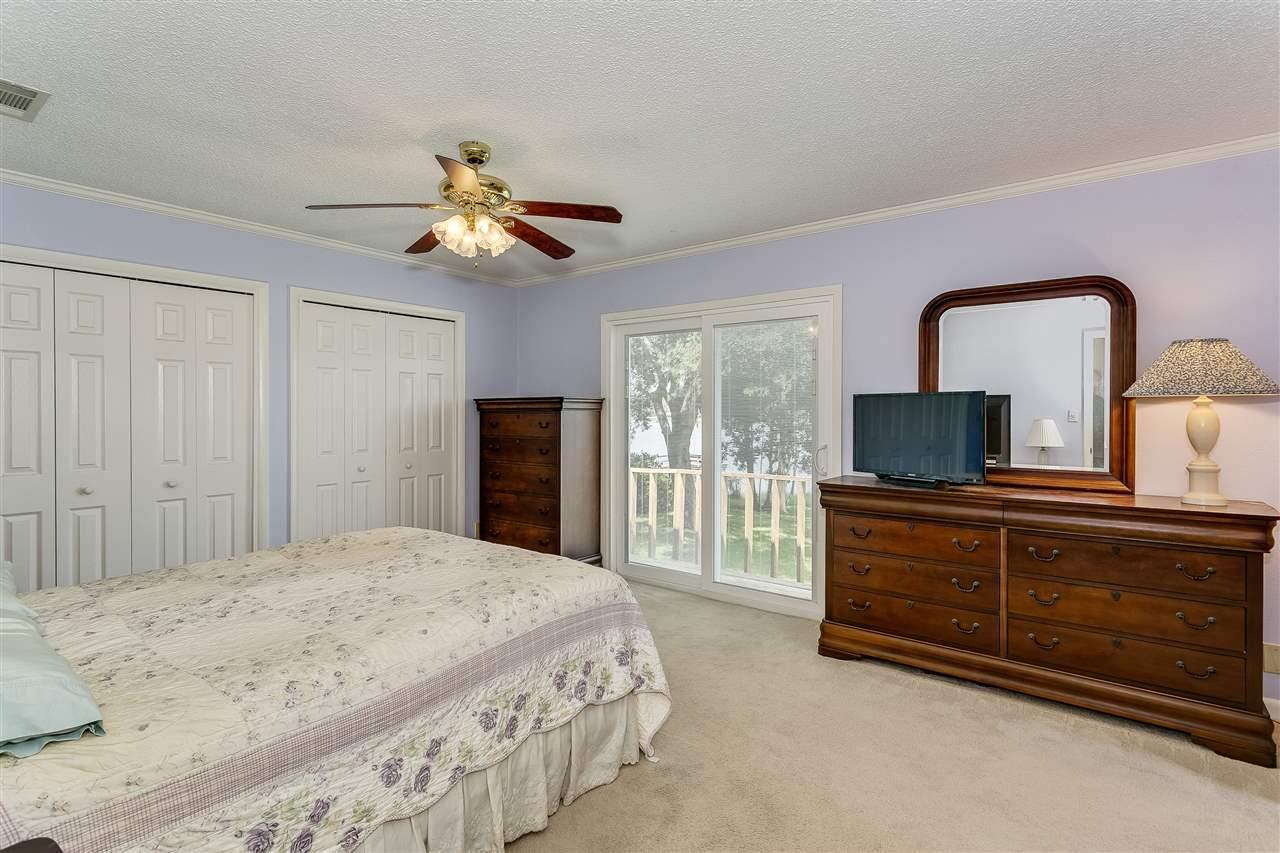5812 W Shore Dr, Pensacola, FL 32526