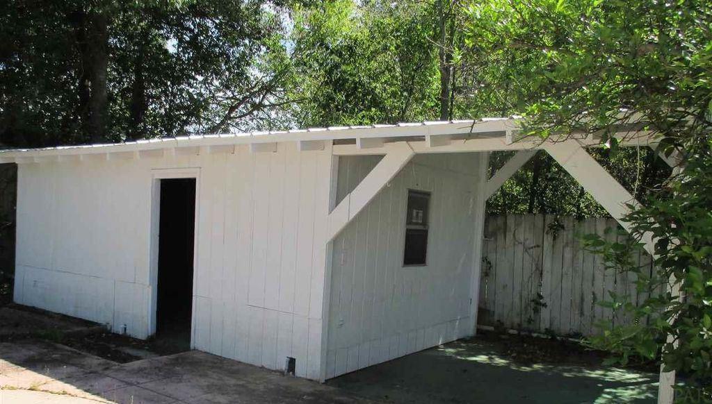 3680 Cherry Laurel Dr, Pensacola, FL 32504