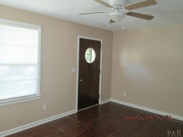 401 Chaseville St, Pensacola, FL 32507