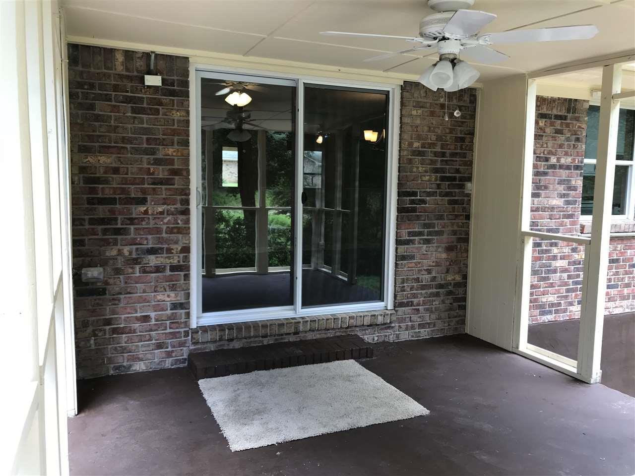 8520 Winding Ln, Pensacola, FL 32514