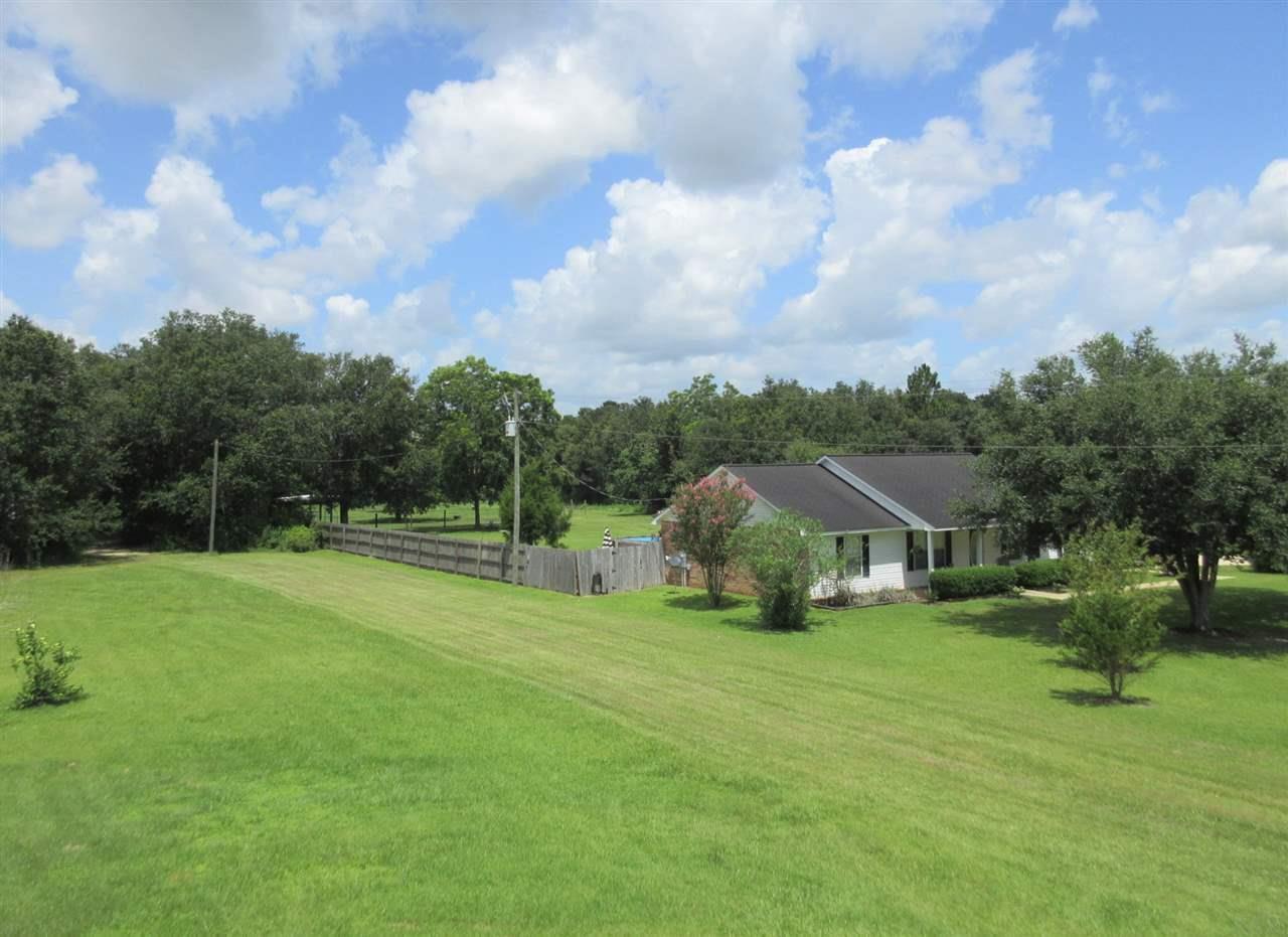 12411 County Rd 91, Lillian, AL 36549