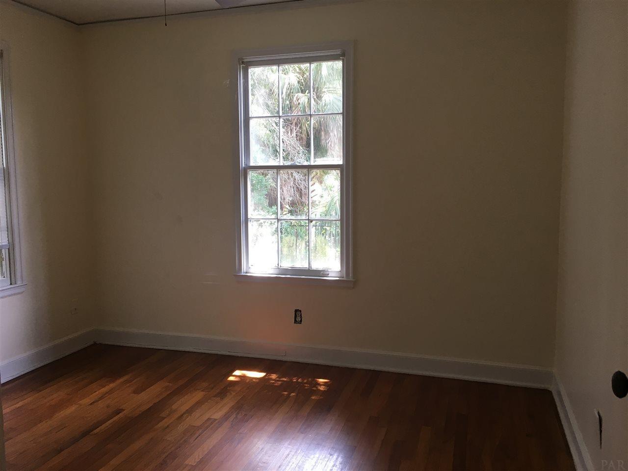 1501 E Bobe St, Pensacola, FL 32503