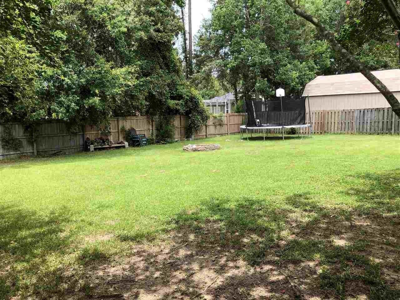 3275 Deer Ridge Rd, Cantonment, FL 32533