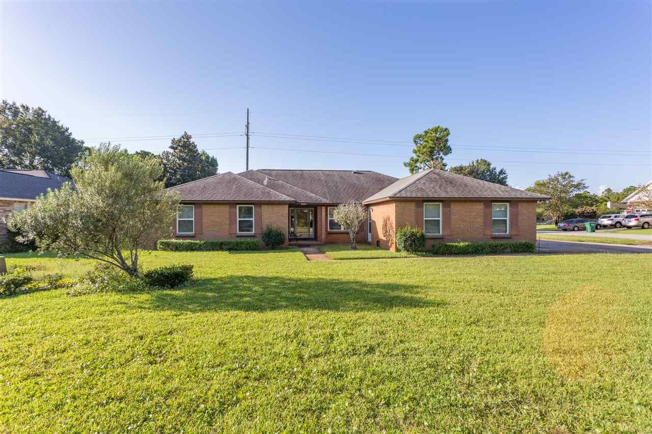3869 Bay Wind Dr, Gulf Breeze, FL 32563