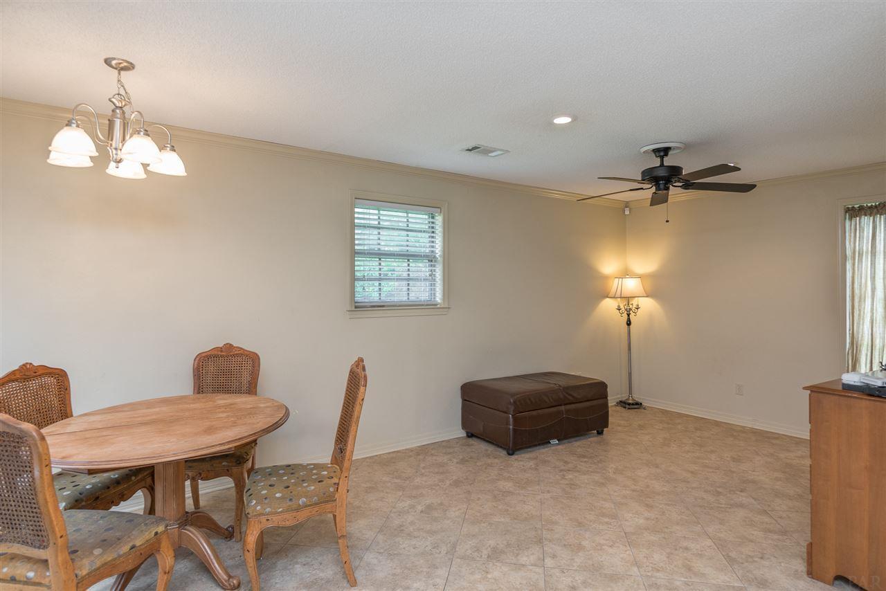 2801 Banquos Trl, Pensacola, FL 32503