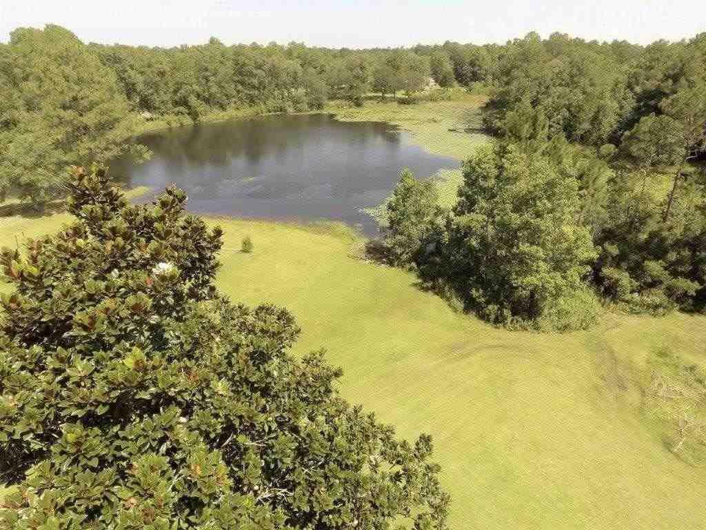 3132 Rushing Creek Rd, Pensacola, FL 32526
