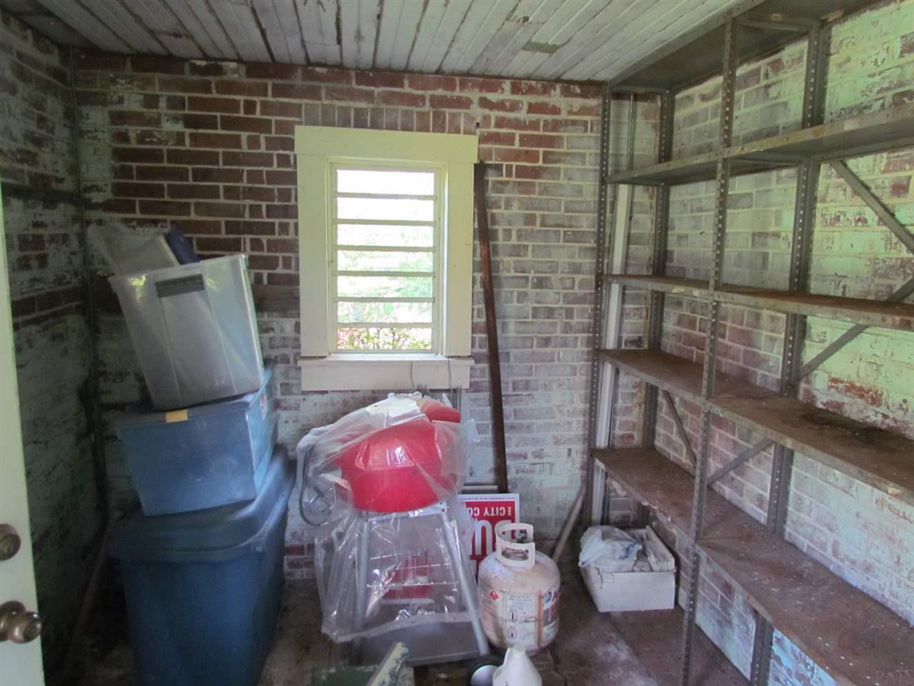 8011 Quiet Dr, Pensacola, FL 32526