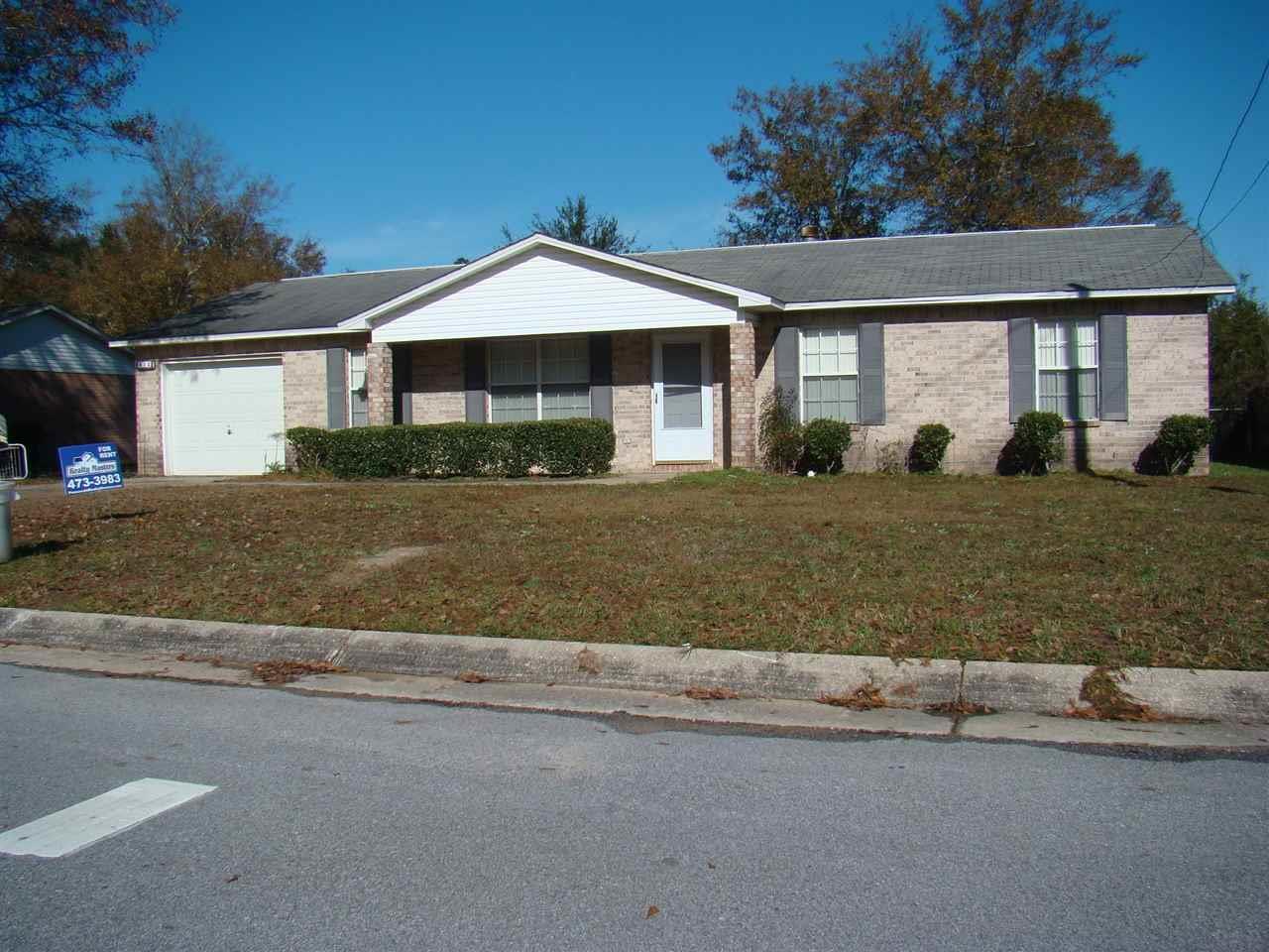 812 Maple Woods Cir, Pensacola, FL 32534