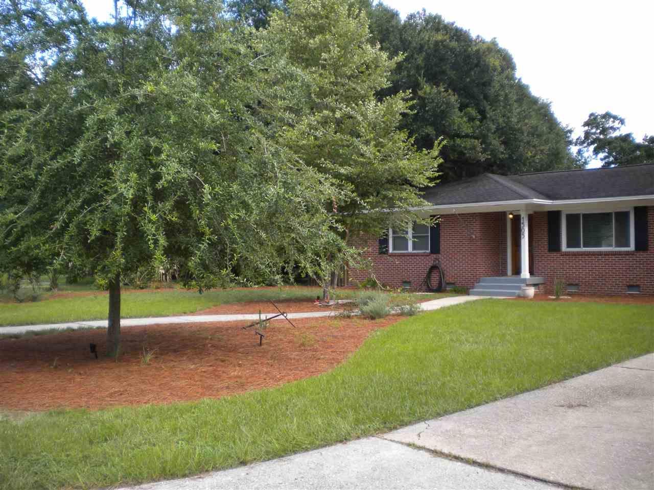 1505 E Bobe St, Pensacola, FL 32503