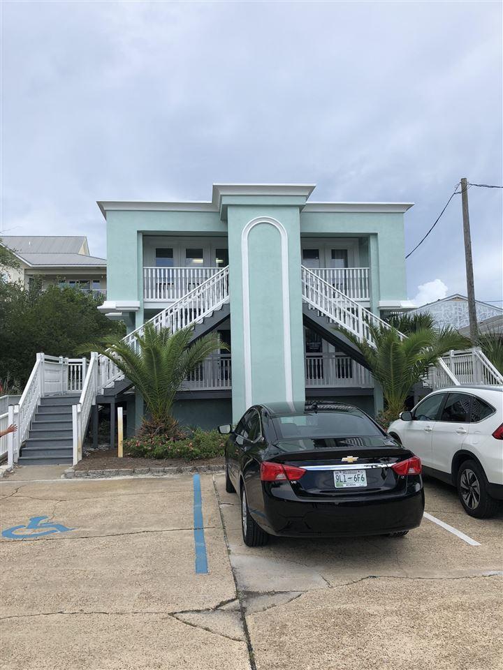 8438 Gulf Blvd, Navarre, FL 32566