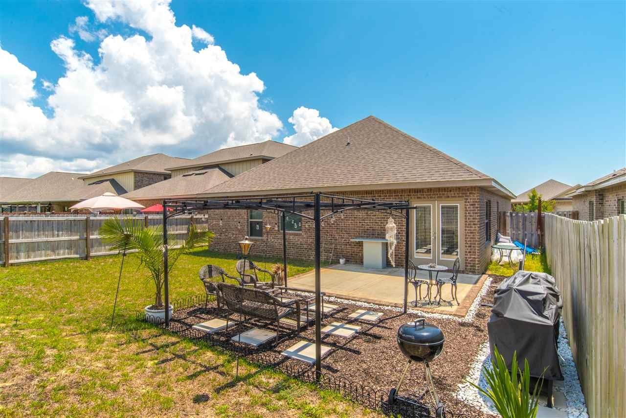 1727 Brantley Dr, Gulf Breeze, FL 32563