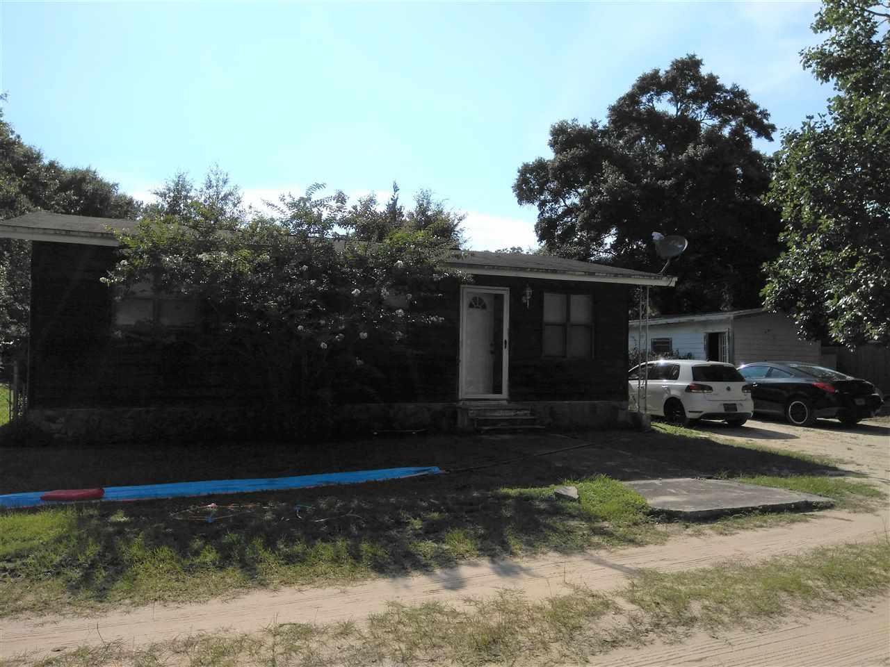 6154 Carroll Rd, Milton, FL 32583