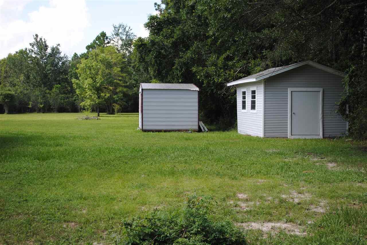7205 Patrick Ln, Pensacola, FL 32526