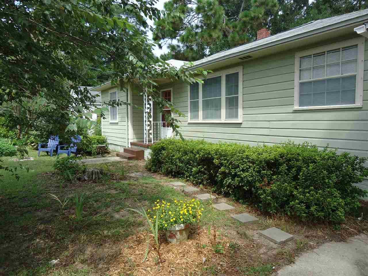 1730 E Hayes St, Pensacola, FL 32503