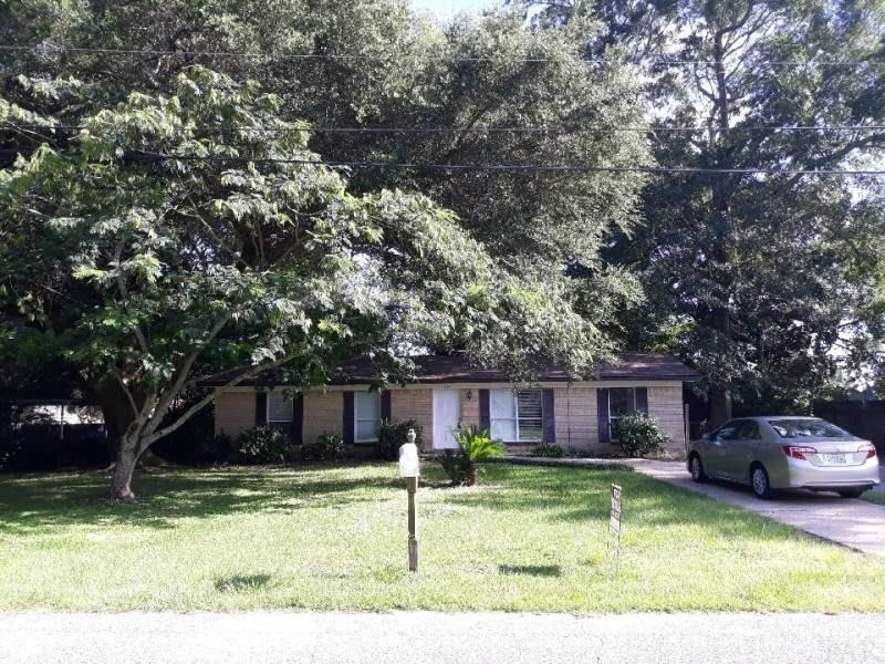 351 Robin Rd, Pensacola, FL 32514