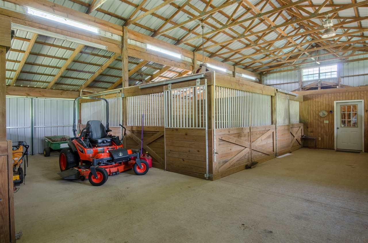5140 Barrineau Park School Rd, Molino, FL 32577