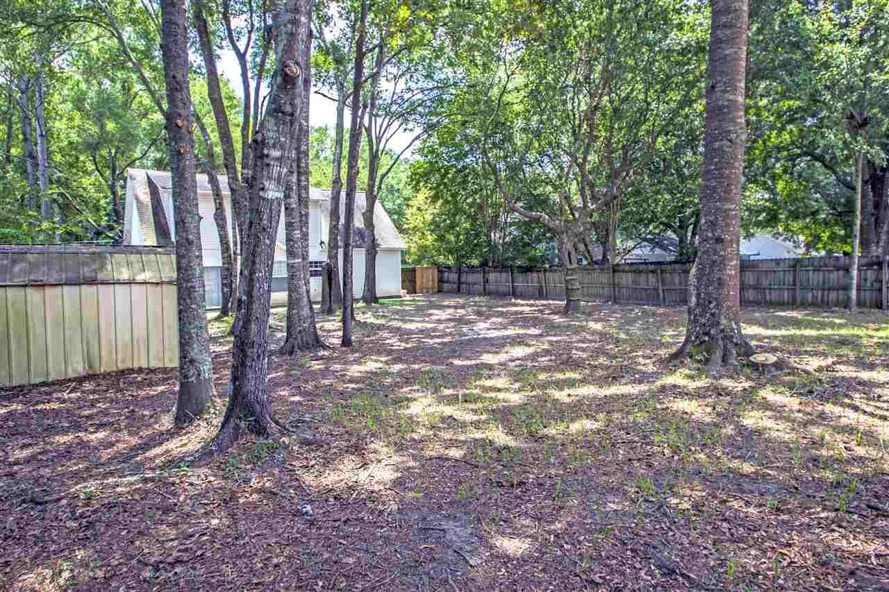 7165 Eight Mile Creek Rd, Pensacola, FL 32526