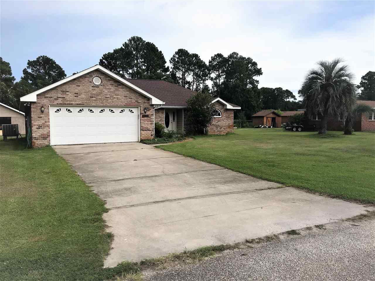 1252 Pine St, Gulf Breeze, FL 32563