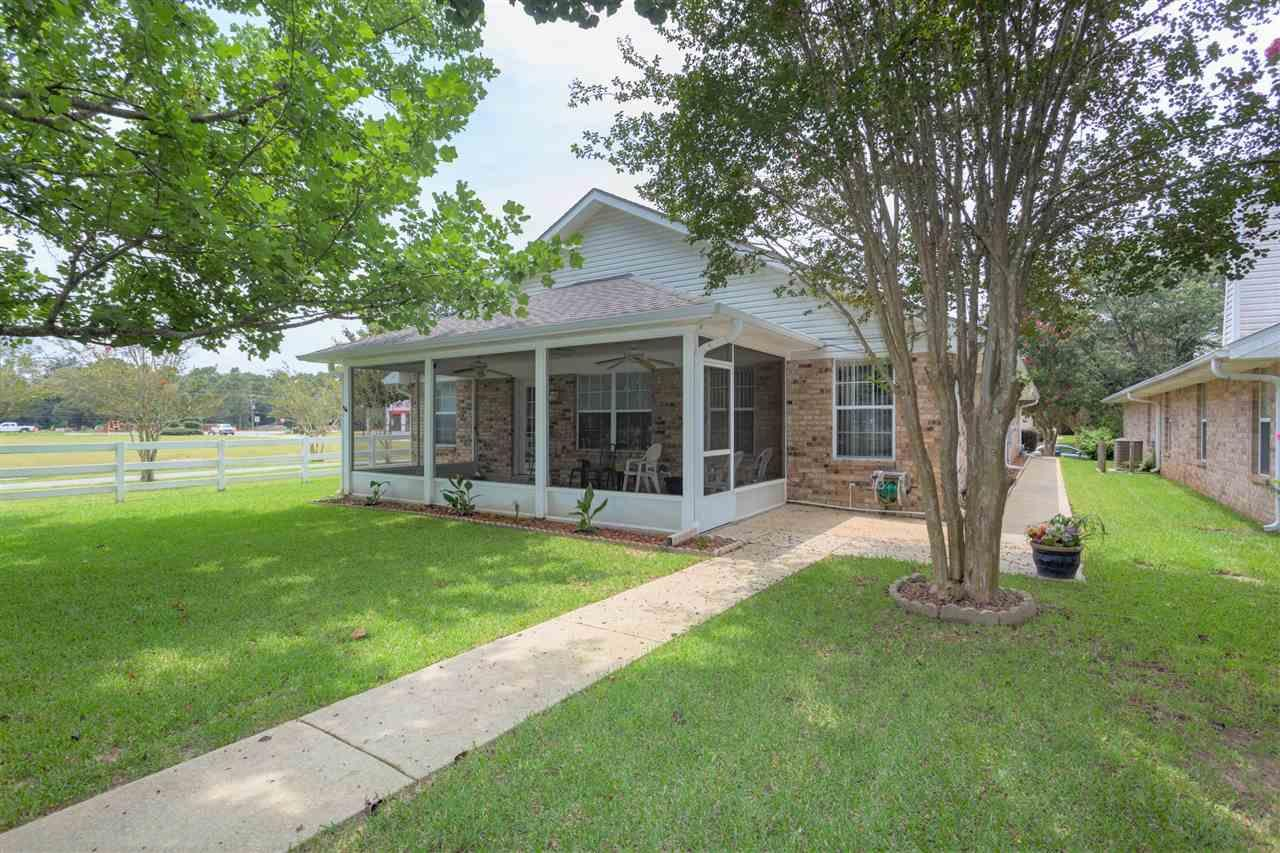 26 Littleton St, Pensacola, FL 32533