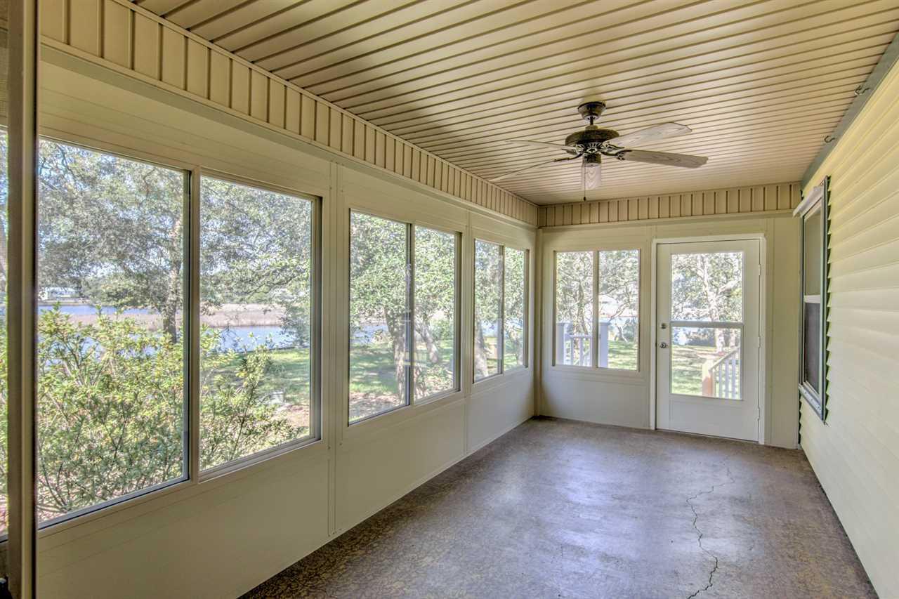 2954 Owen Bell Ln, Pensacola, FL 32507