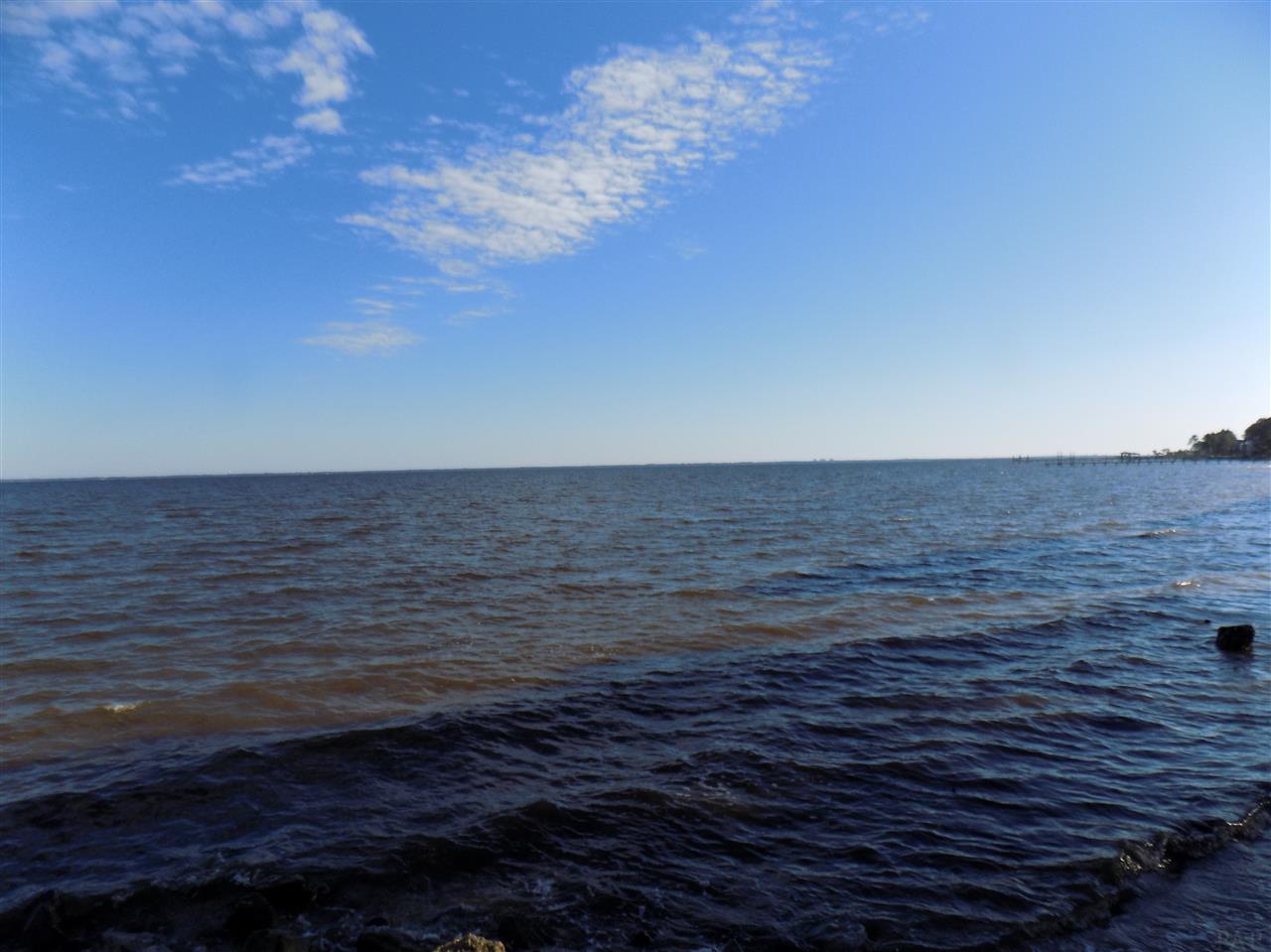 1226 Oyster Bay Dr, Milton, FL 32583