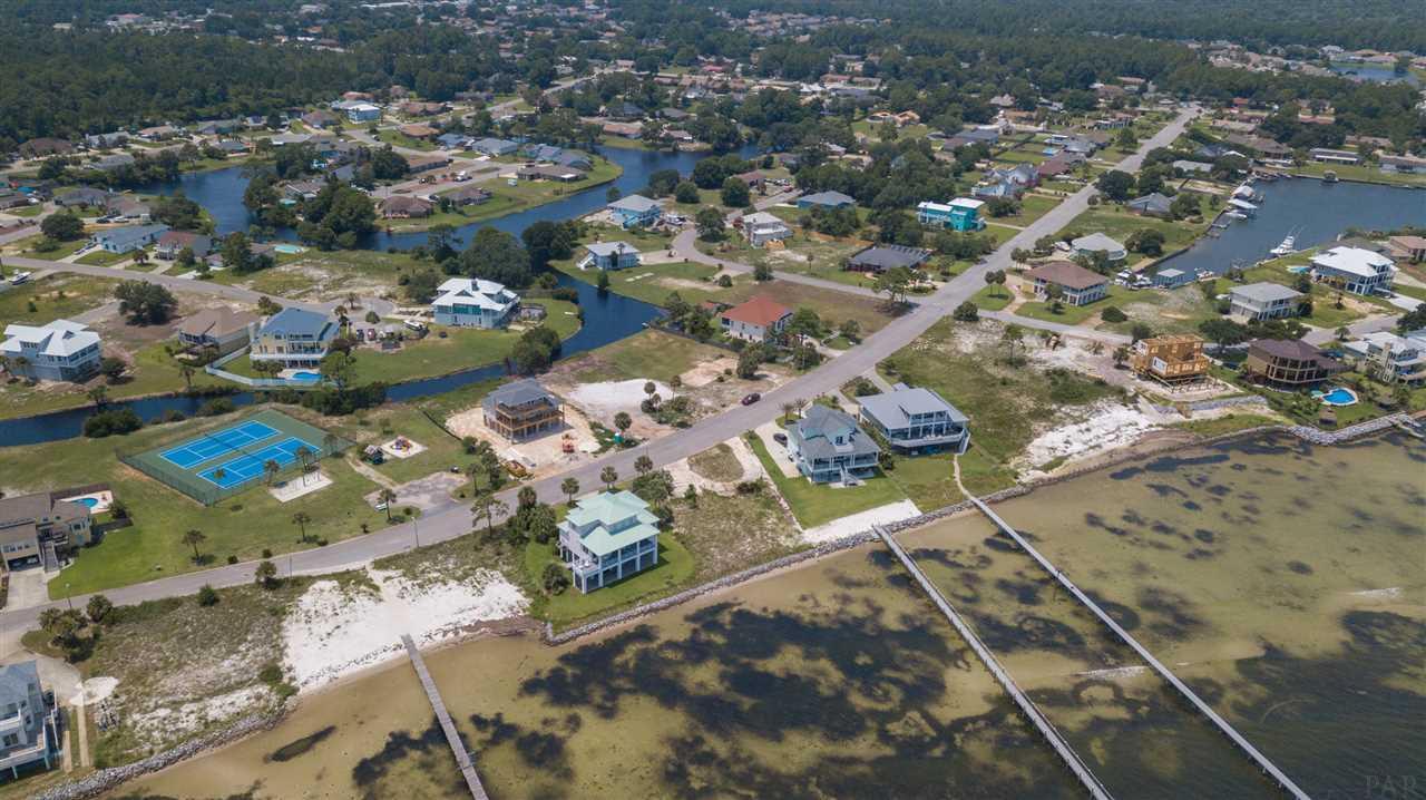 5601 Grande Lagoon Ct, Pensacola, FL 32507