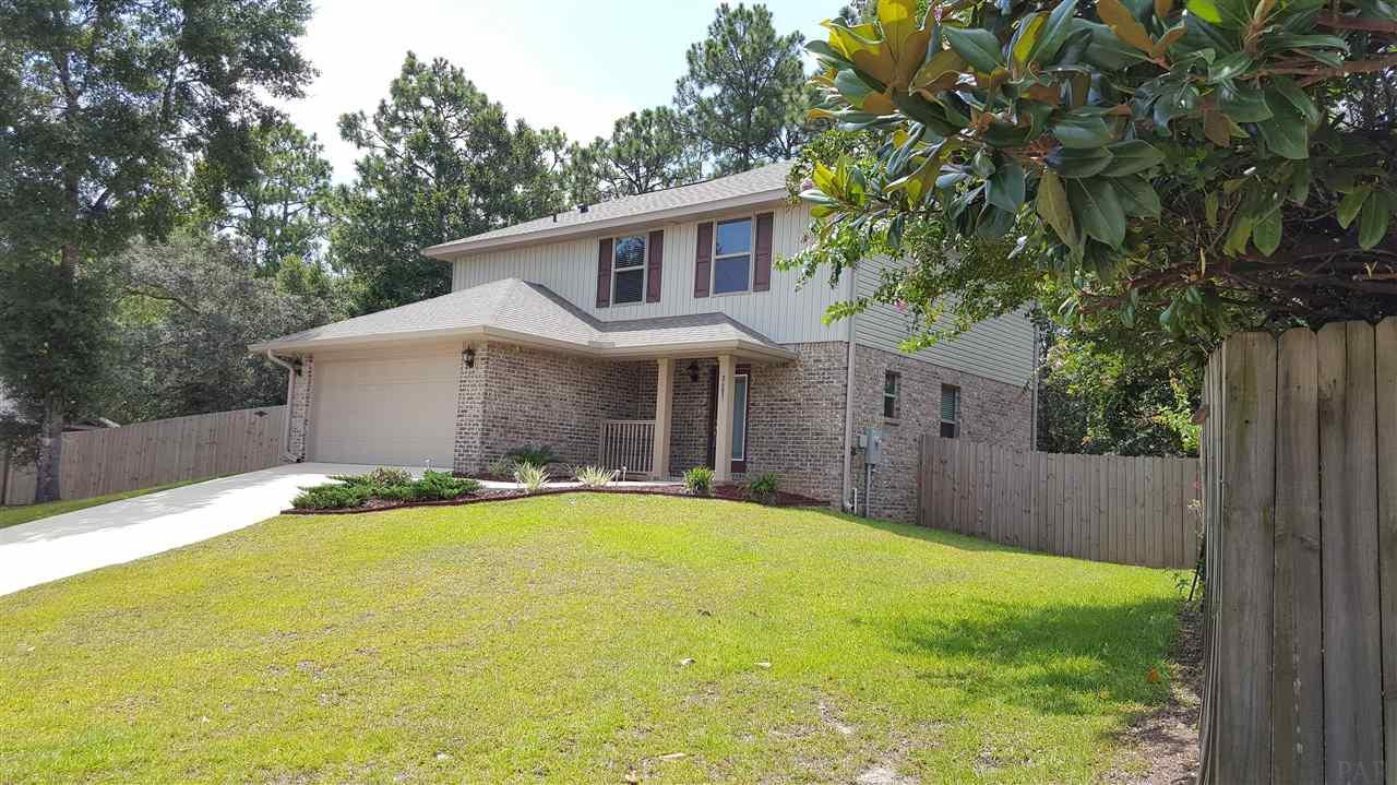 8683 Reagan Dr, Pensacola, FL 32506