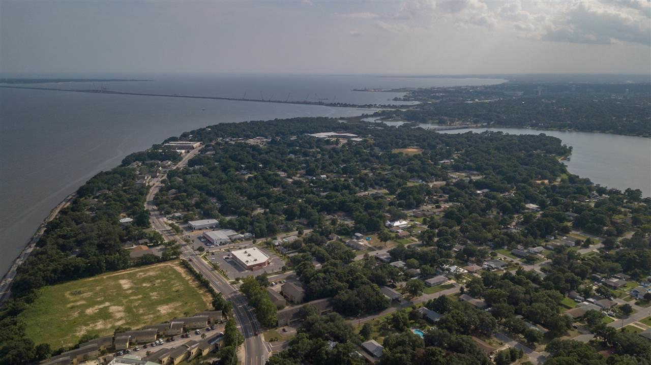920 Scenic Hwy, Pensacola, FL 32503