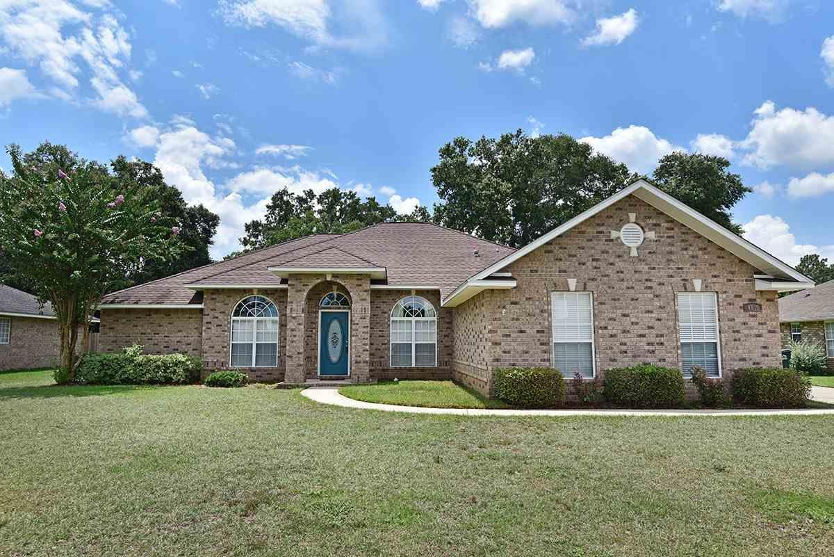 4919 Spears St, Pace, FL 32571