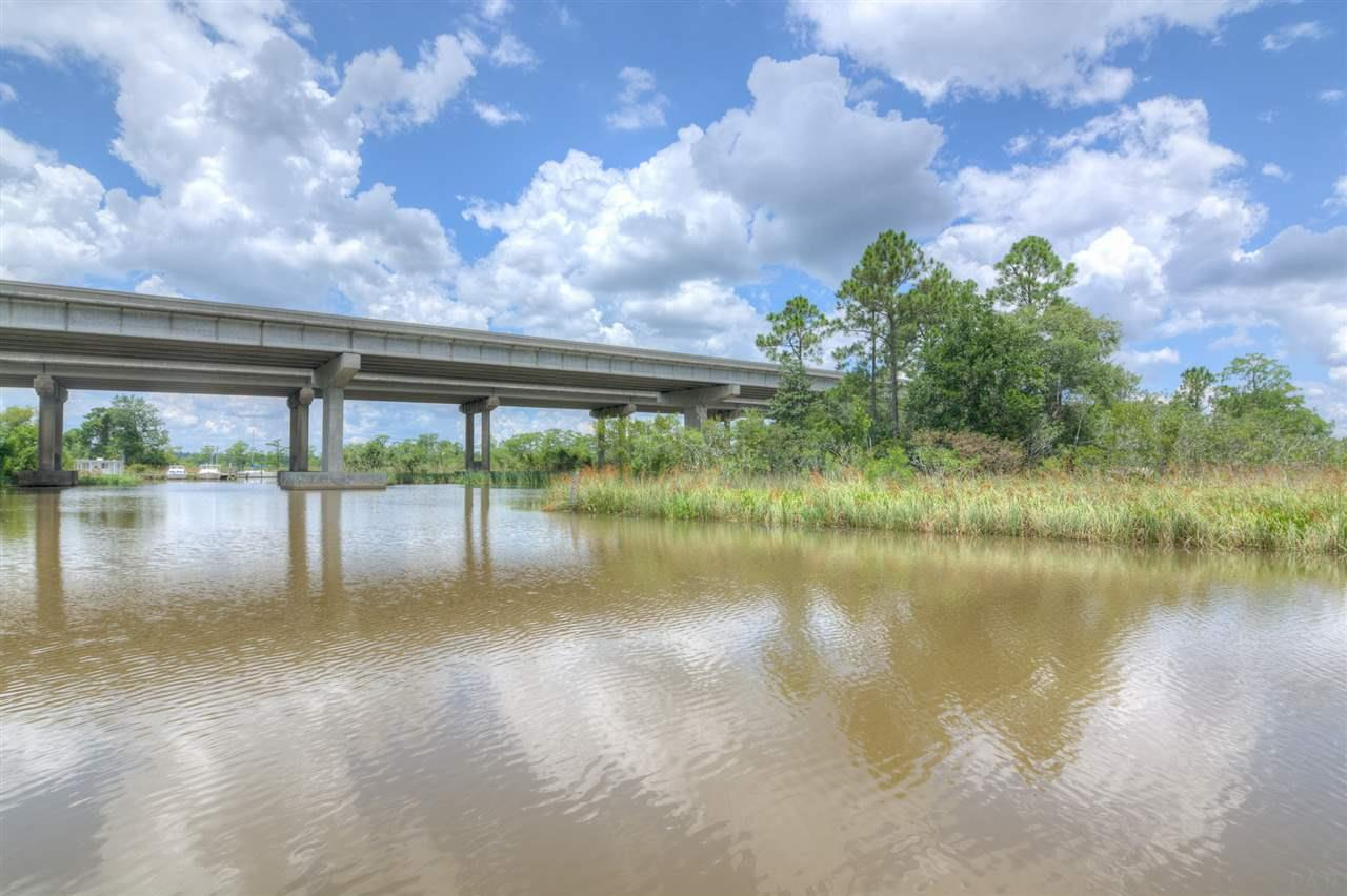 3511 Smiths Fish Camp, Pensacola, FL 32514