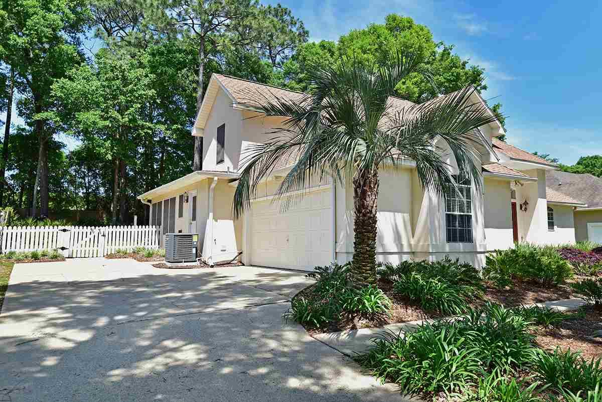 3156 Marcus Pointe Blvd, Pensacola, FL 32505