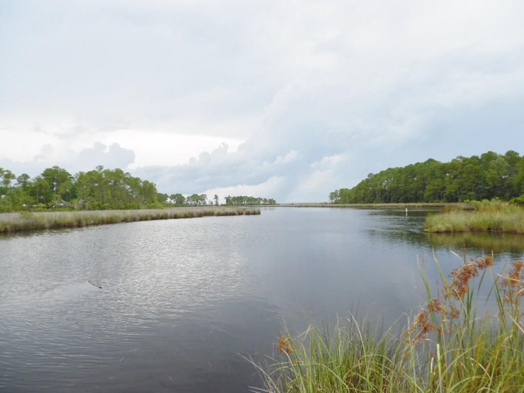 463 Herron Villa Ln, Pensacola, FL 32506