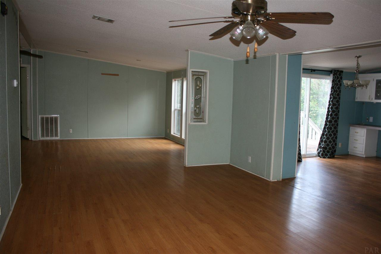 5660 Ridge Ave, Milton, FL 32583