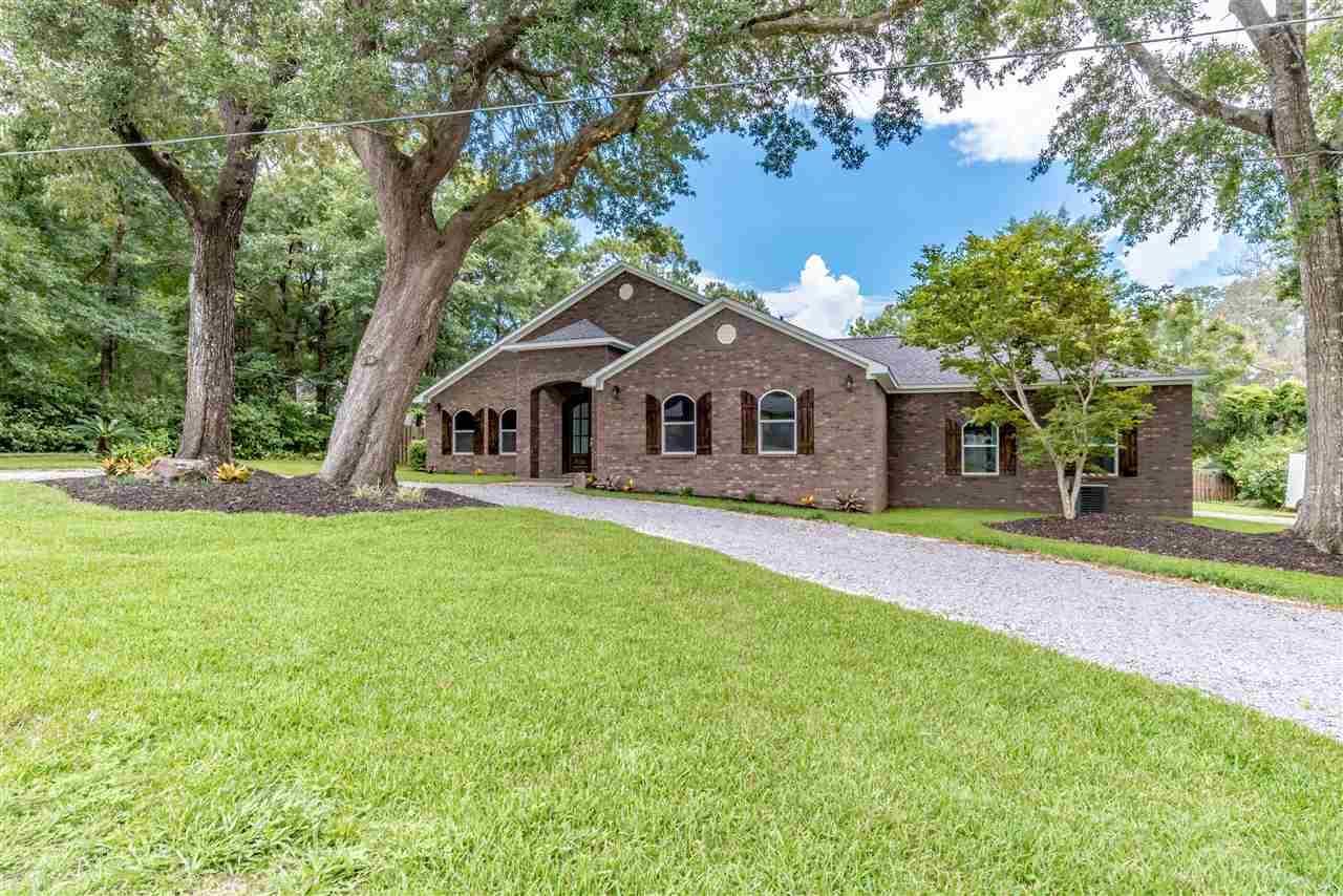 66 Blithewood Dr, Pensacola, FL 32514
