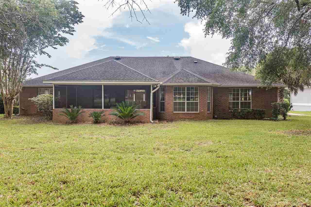 5073 High Pointe Dr, Pensacola, FL 32505