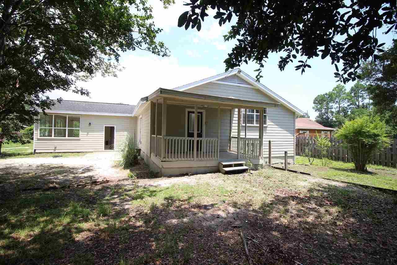 2321 Frontera St, Navarre, FL 32566
