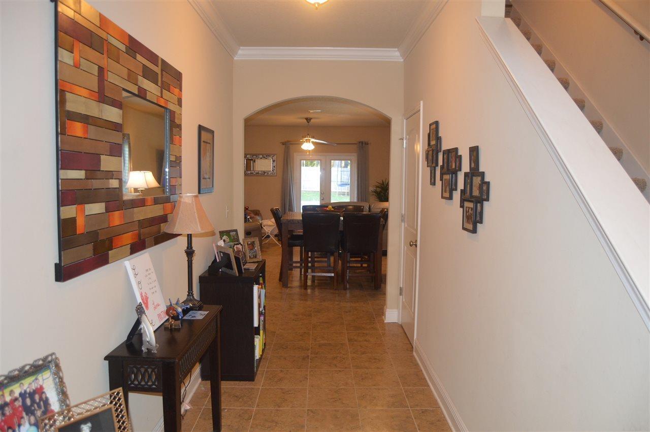 870 Farmington Rd, Pensacola, FL 32504