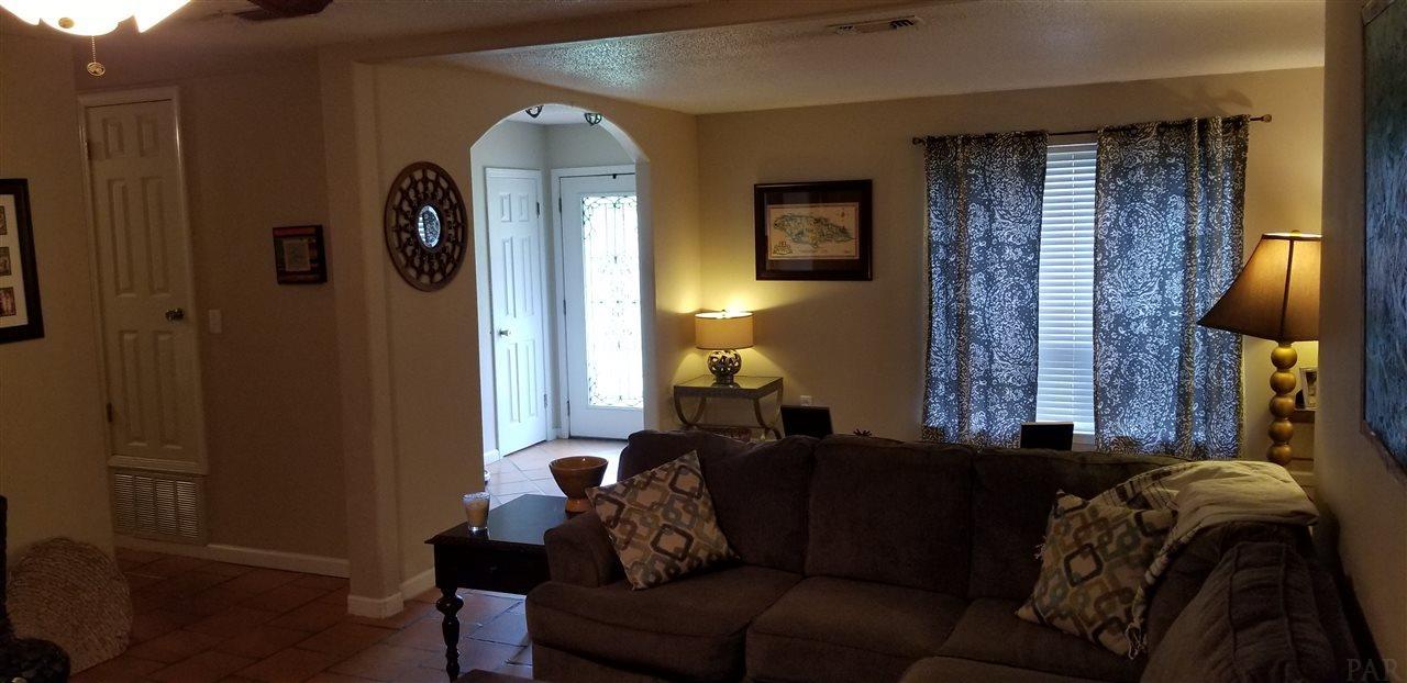 4221 Morelia Pl, Pensacola, FL 32504