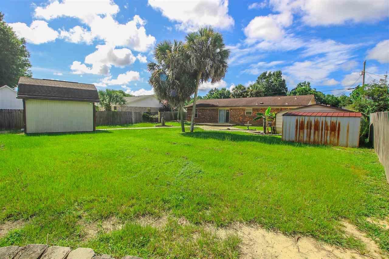 10720 Willow Lake Dr, Pensacola, FL 32506