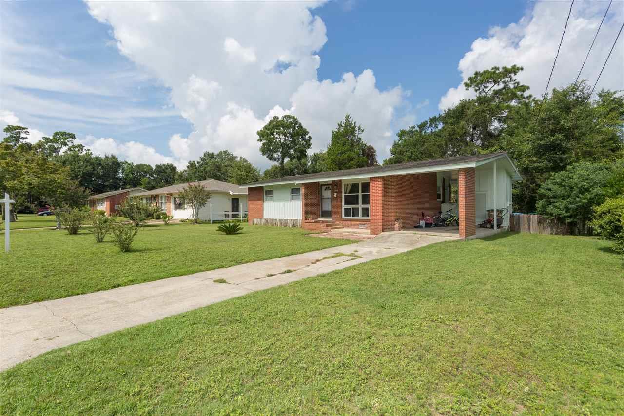 6040 Hilltop Dr, Pensacola, FL 32504