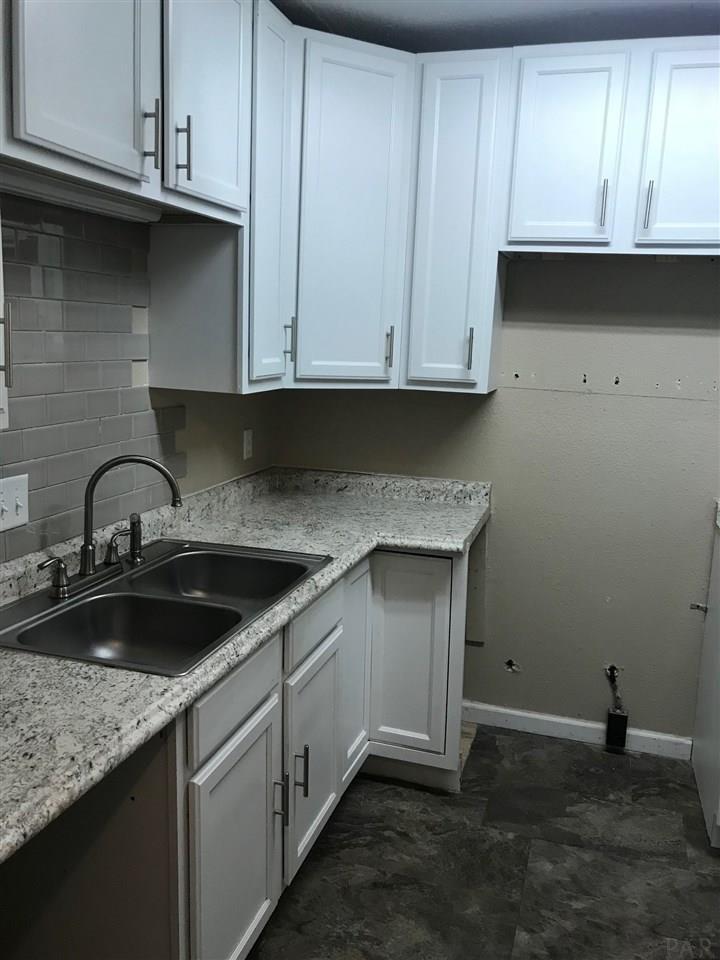 700 W Hernandez St, Pensacola, FL 32501