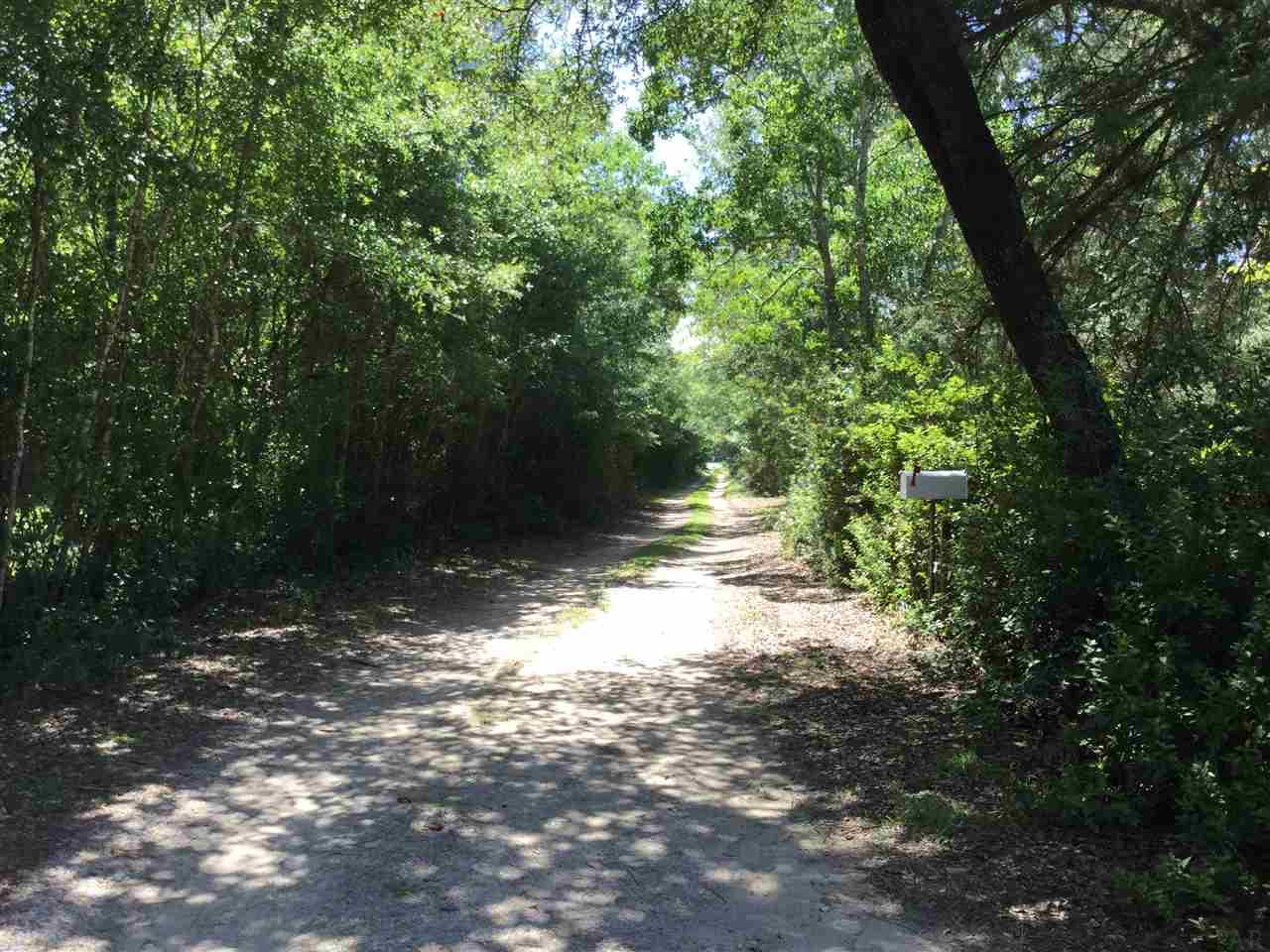 6080 Chumuckla Hwy, Pace, FL 32571