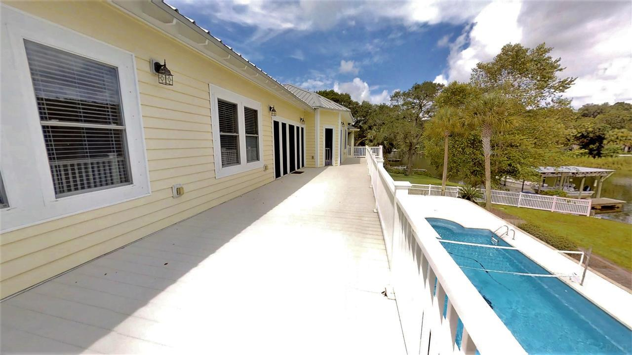 3520 Briar Cliff Dr, Pensacola, FL 32505