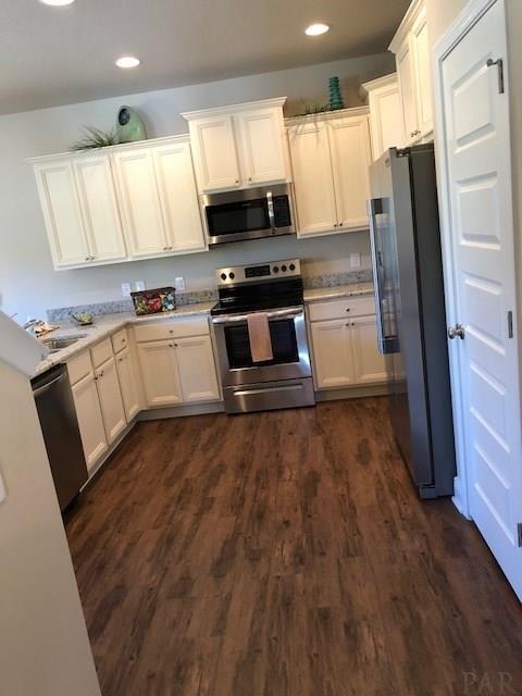 7940 Huntington Creek Ln, Pensacola, FL 32526