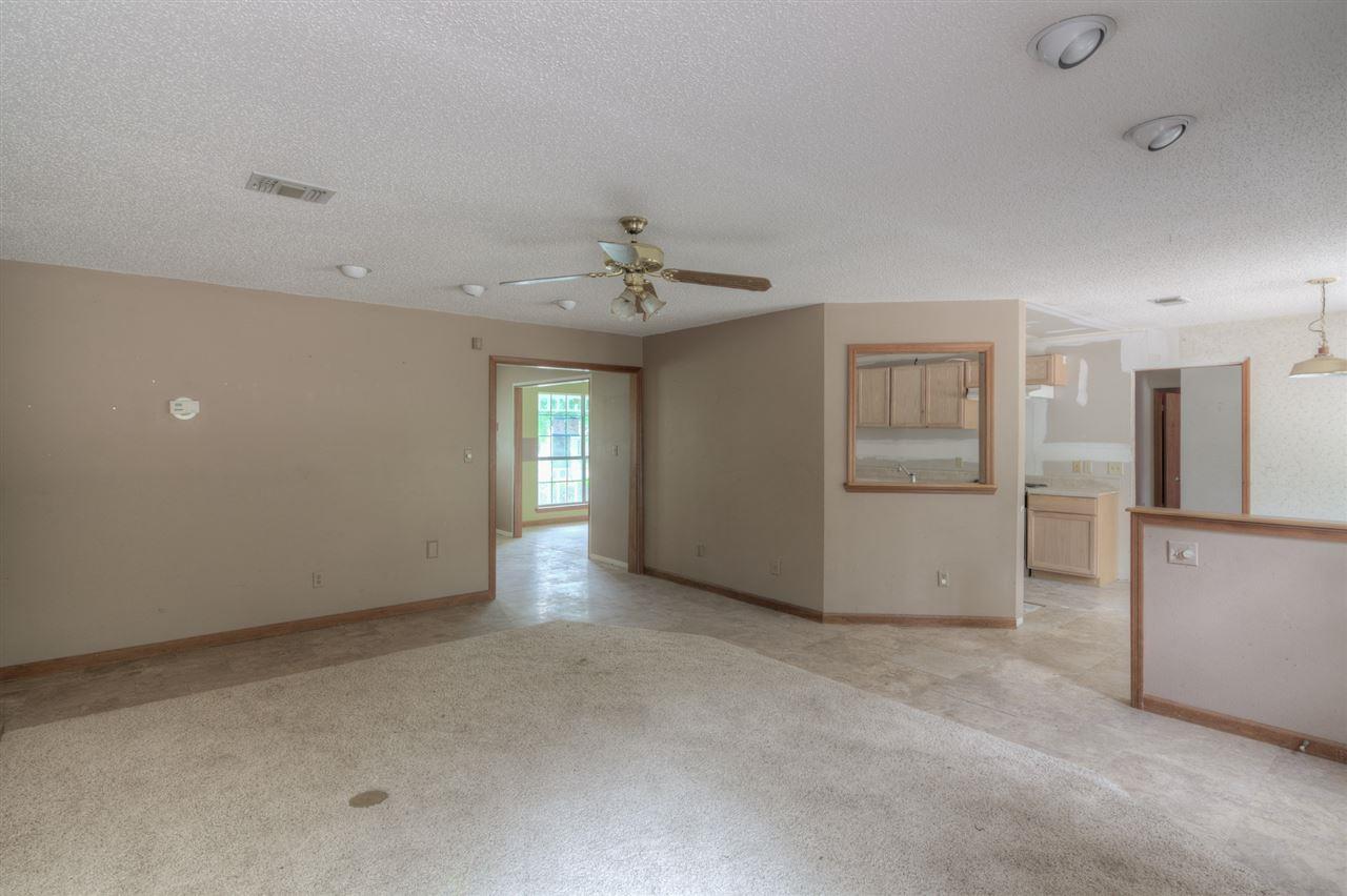 5100 Rowe Trl, Pace, FL 32571