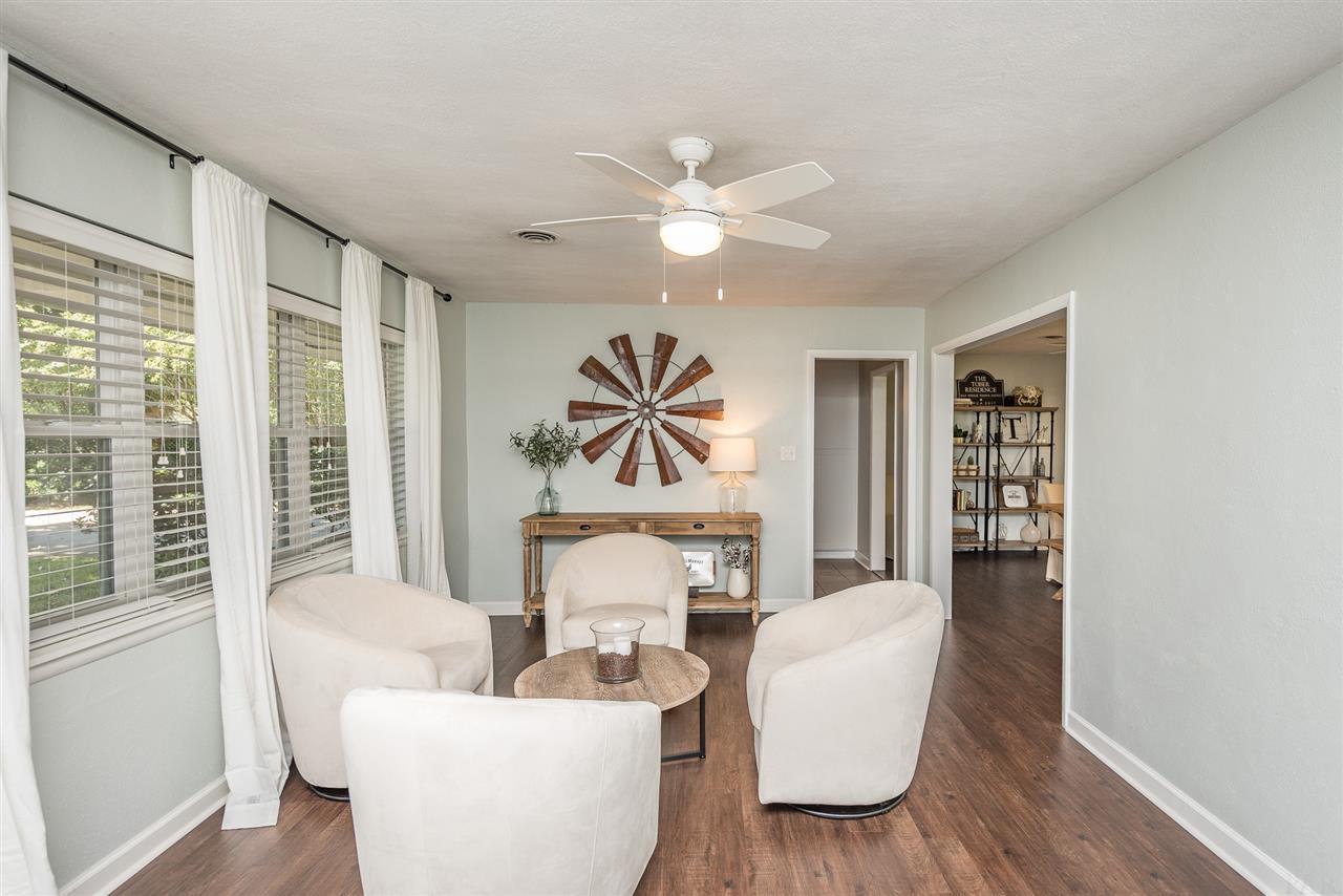 406 Navarre St, Gulf Breeze, FL 32561