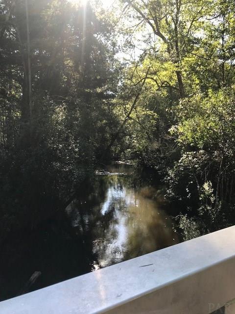 5764 Mill Pond Ln, Milton, FL 32570