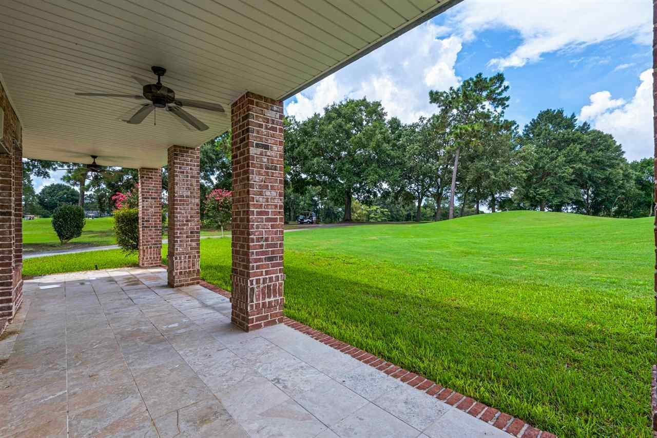 2973 Oak Pointe Dr, Pensacola, FL 32505